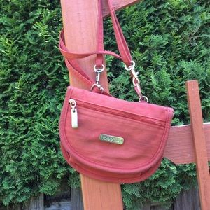 Baggallini small crossbody or belt pouch travel